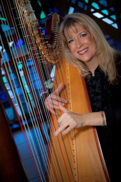 Orlando Harpist 2