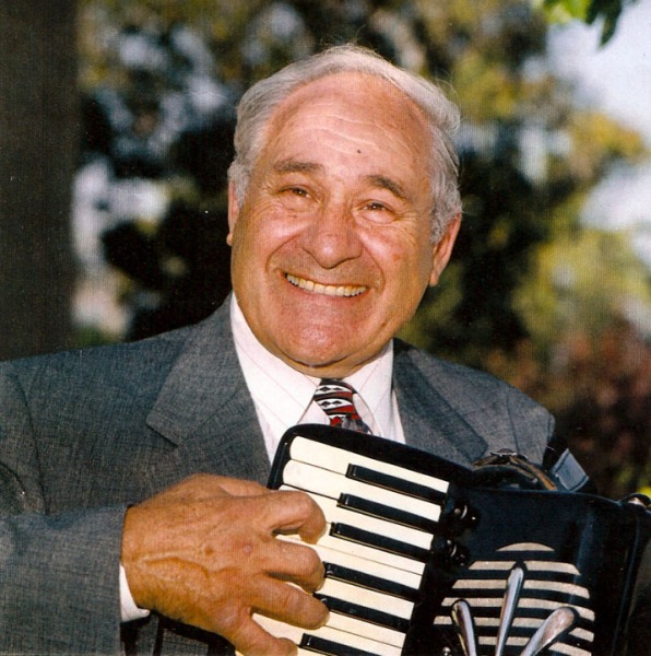 Los Angeles Italian Accordionist 1
