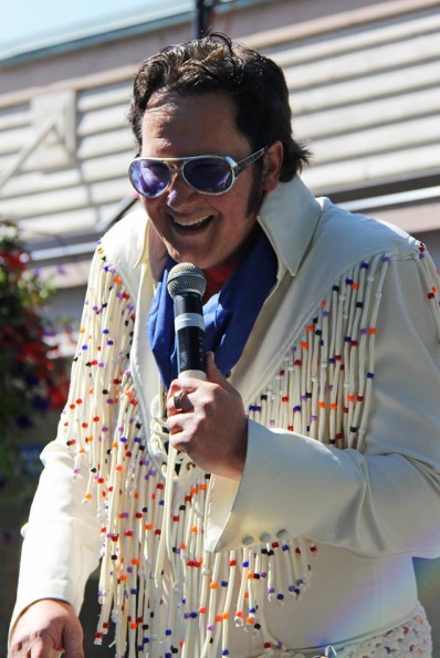 Seattle Elvis Impersonator 1 pic 1