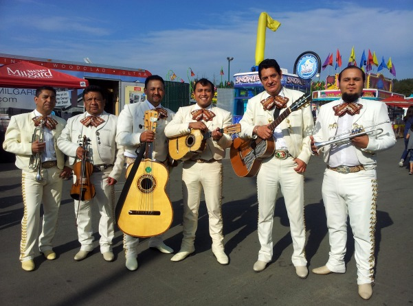Seattle-Mariachi-2-pic-1