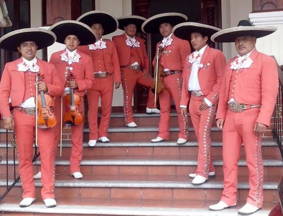 Guatemala-Christian-Mariachi-1-pic-1