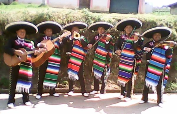 Guatemala-Christian-Mariachi-1-pic-2