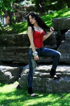 Montreal Pop Singer 1 pic 3.jpg