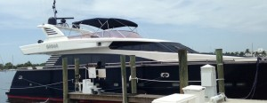 Miami Yacht Charter 1 pic 4-76' horizon.jpg