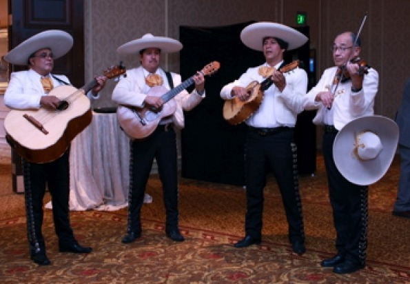Milwaukee-Mariachi-1-pic-3