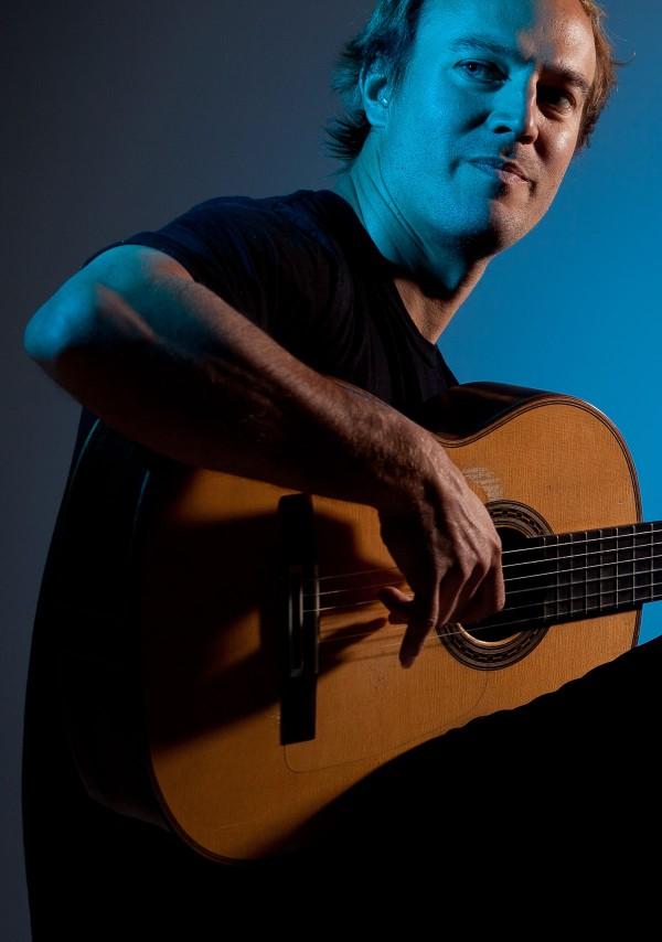 San-Francisco-Flamenco-Guitarist-1-pic-1