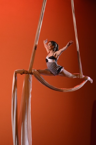 Seattle-Aerialist-1-pic-2