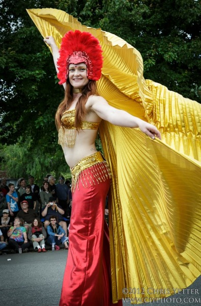 Seattle-Stilt-Dancer-1-pic-2