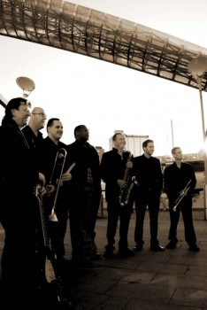UK Variety Band 1 pic 1.jpg