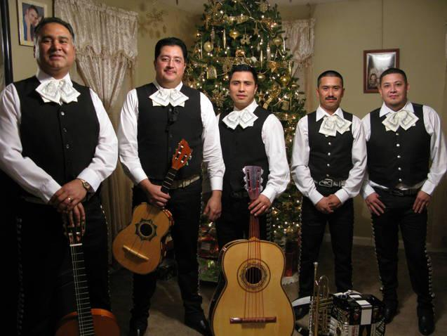 Knoxville-Mariachi-1-pic-1