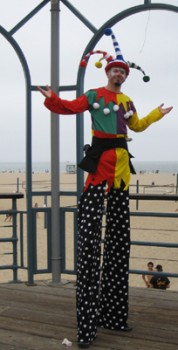Los Angeles Stilt Walker 2 pic 1.jpg