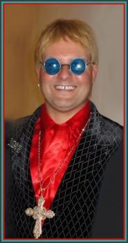 Philadelphia Elton John Impersonator 1 pic 1.jpg