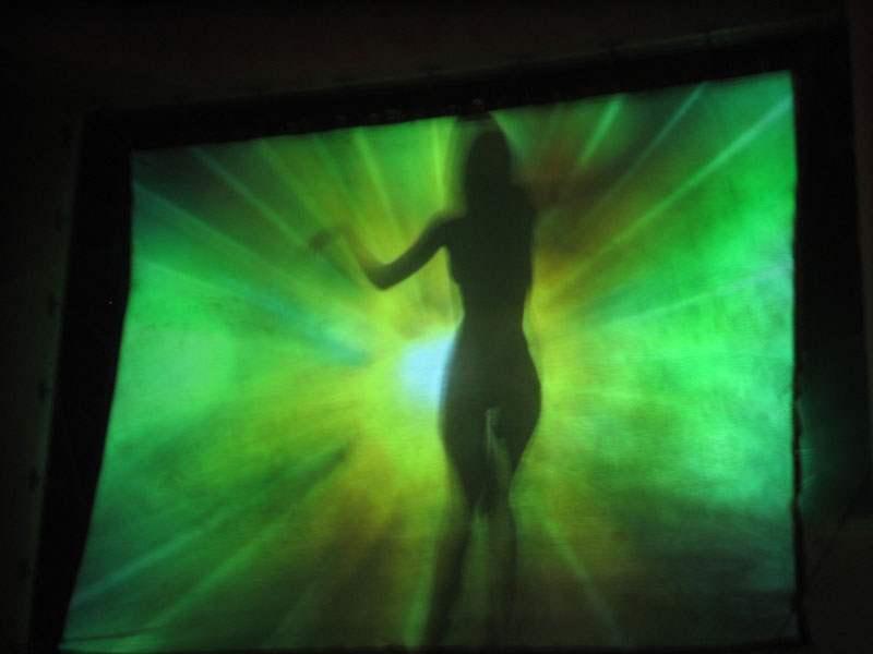 SHADOW_dancing2