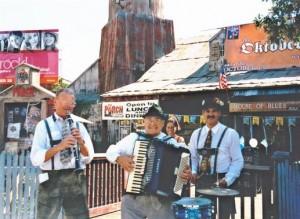 Los Angeles German Accordionist 1 pic 3.jpg