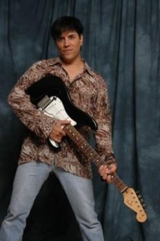 Las Vegas Singer 2 pic 3.JPG