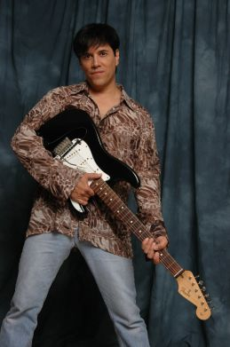 Las-Vegas-Singer-2-pic-3
