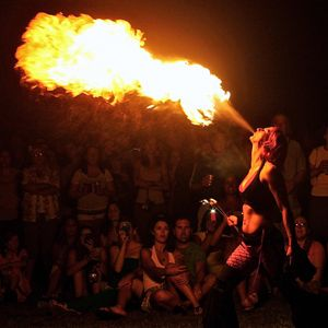 Boston-Fire-Performer-pic-2