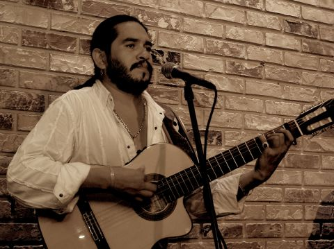 New-York-Gipsy-Kings-Tribute-Band-pic-3-edited
