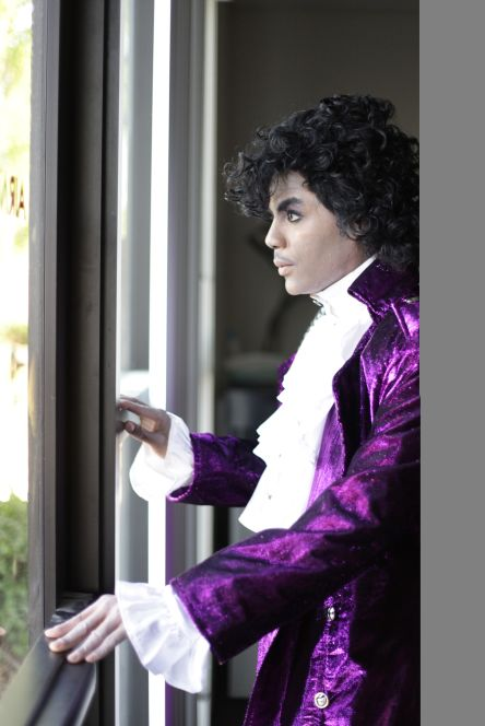 St-Louis-Prince-Impersonator-1-pic-1